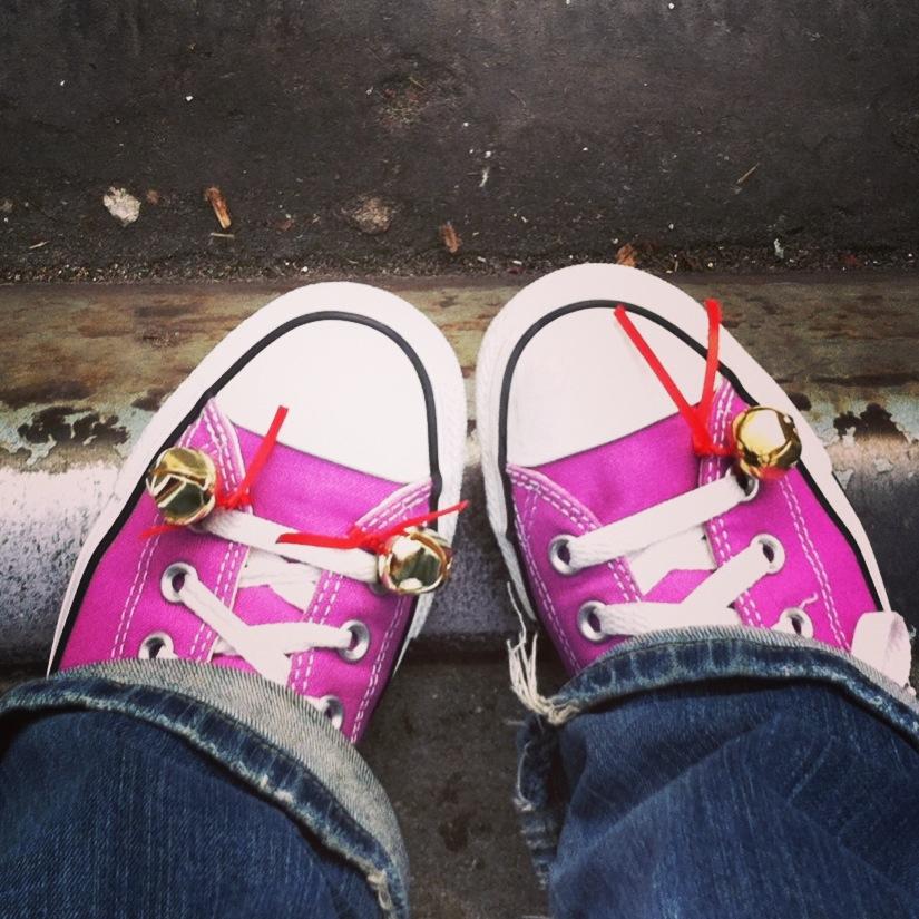 http://adventuresinmediocrity-meghansara.blogspot.com/2012/12/christmas-traditions-with-bells-on.html