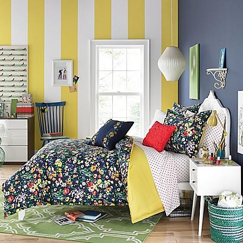 Folksy Floral Bedding